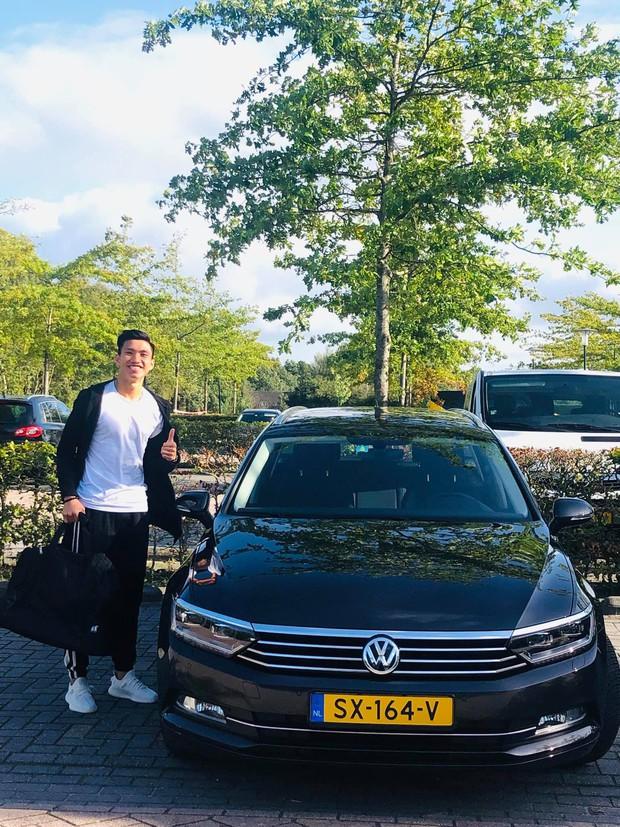 Đoàn Văn Hậu tươi tắn khi được cấp ô tô riêng tại Hà Lan - Ảnh 2.