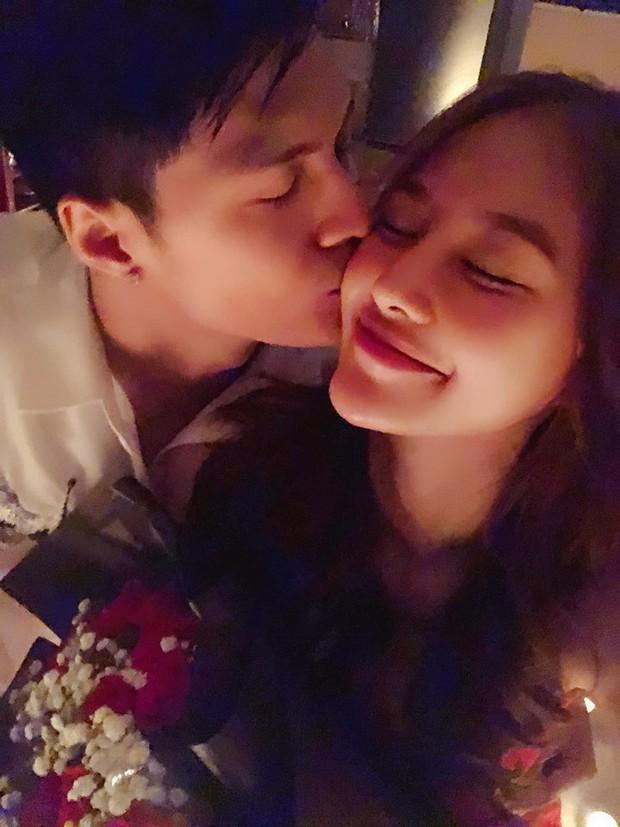 Đón sinh nhật bên Lâm Vinh Hải, Linh Chi gây sốt khi hạnh phúc tuyên bố: Hôm nay em chính thức là vợ anh - Ảnh 1.
