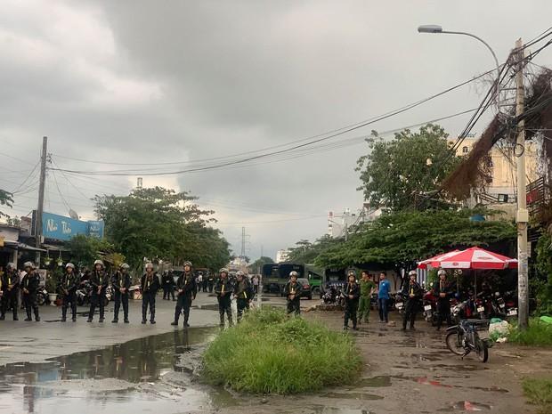 Bộ Công an khám xét trụ sở, bắt tạm giam Giám đốc công ty Địa ốc Alibaba Nguyễn Thái Luyện cùng 2 thuộc cấp - Ảnh 3.