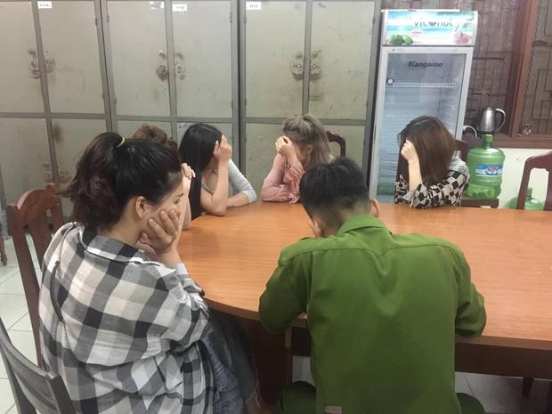 Triệt xóa động lắc của các quý cô ở giữa trung tâm Đà Nẵng - Ảnh 1.