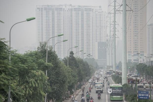 Cảnh báo tình trạng ô nhiễm 3 ngày liên tiếp ở Hà Nội: Duy trì đến cuối tuần, người dân nên hạn chế ở ngoài trời quá lâu - Ảnh 3.