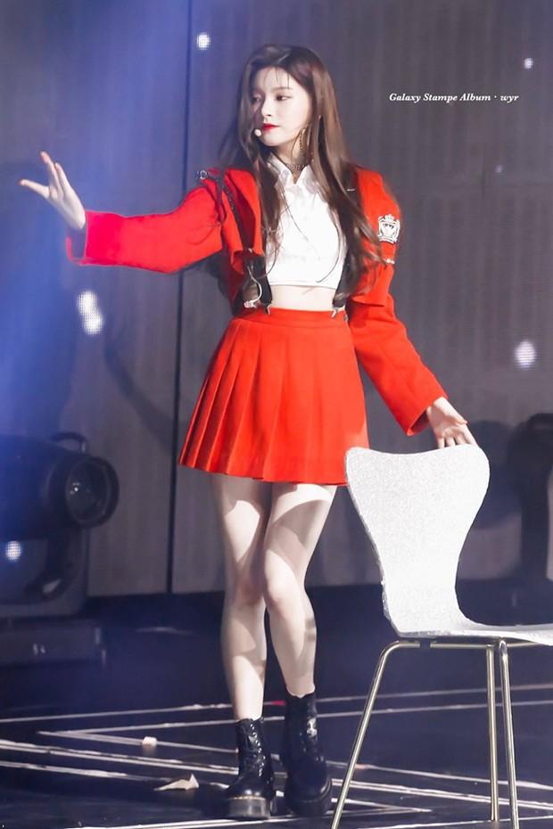 Bùng nổ tam giác visual hot nhất Gen4: Mỹ nhân Nhật - Trung - Hàn đọ sắc, ai xứng tầm nữ thần Kpop thế hệ mới? - Ảnh 18.