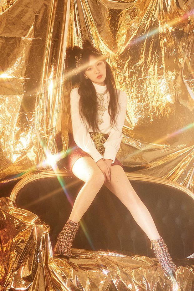 """Xôn xao bộ ảnh teaser của TWICE giống """"sương sương"""" concept Red Velvet từng làm, liệu có phải trùng hợp ngẫu nhiên? - Ảnh 2."""