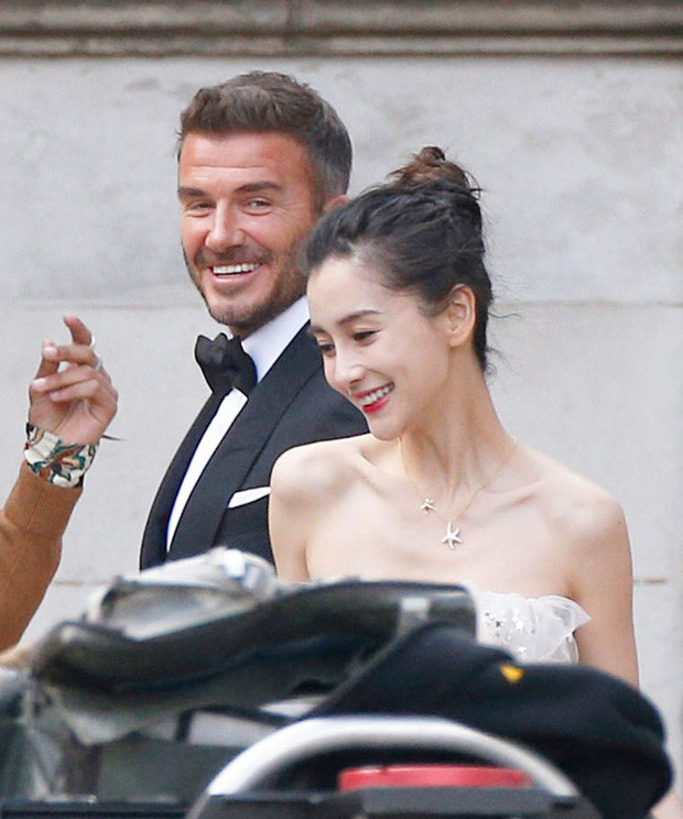 Victoria Beckham ghen lồng lộn sau khi xem loạt ảnh David Beckham tổ chức đám cưới cùng Angela Baby? - Ảnh 1.