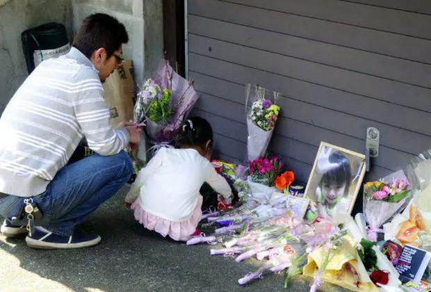 Vụ bé gái bị bạo hành chấn động Nhật Bản: Người mẹ lãnh 8 năm tù giam vì tội làm ngơ để chồng kế hành hạ con - Ảnh 3.