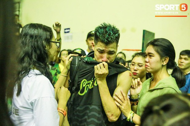 Nguyễn Thành Đạt bảo vệ anh trai và chia sẻ về áp lực khủng khiếp của cú ném phạt quyết định trong trận chung kết VBA 2019 - Ảnh 5.