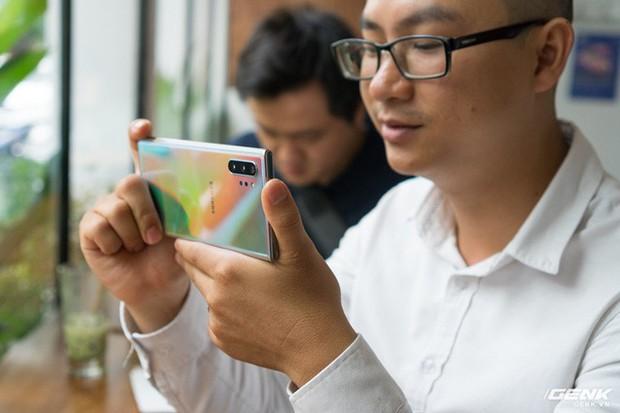 Cho iFan cầm thử Galaxy Note10+: Chỗ nào hay hơn iPhone, chỗ nào còn chưa được tốt? - Ảnh 11.