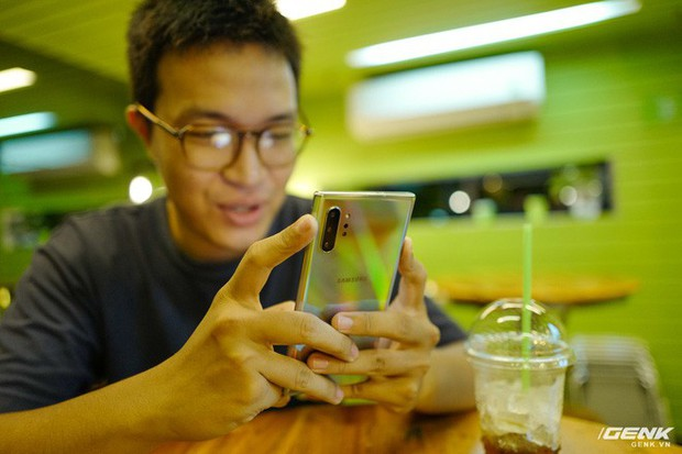 Cho iFan cầm thử Galaxy Note10+: Chỗ nào hay hơn iPhone, chỗ nào còn chưa được tốt? - Ảnh 12.
