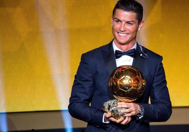 Ronaldo thừa nhận không bạn bè gì với Messi, tự đặt ra một mục tiêu khiến các fan phấn khích - Ảnh 1.