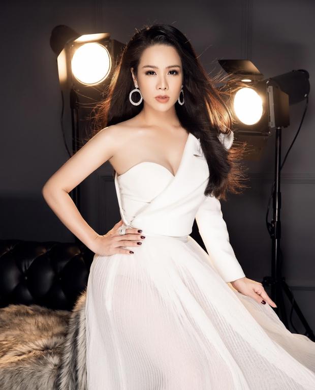 7 vai diễn để đời của Nhật Kim Anh: Từ Nhàn phi bản Việt đến hầu gái Thị Bình của Tiếng Sét Trong Mưa - Ảnh 1.