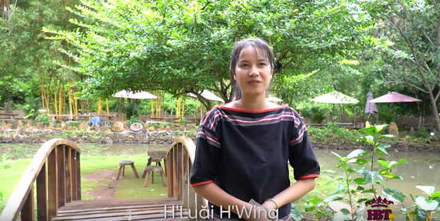 HLuăi Hwing: Cô bé Ê-đê 18 tuổi được HHen Niê chiêu mộ đi thi Hoa hậu lột xác thành bản sao Phạm Hương - Ảnh 2.