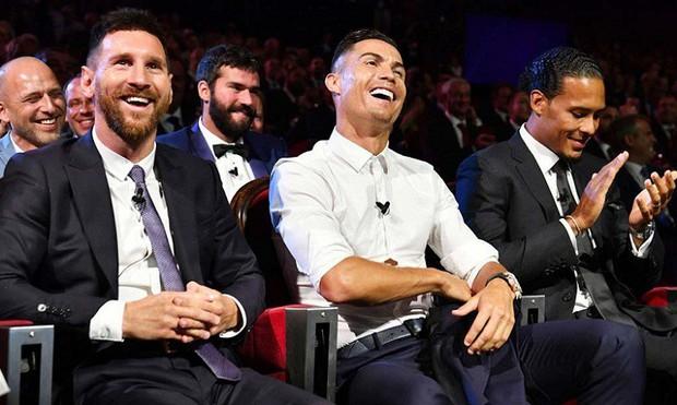 Ronaldo thừa nhận không bạn bè gì với Messi, tự đặt ra một mục tiêu khiến các fan phấn khích - Ảnh 2.