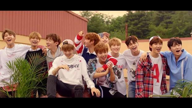 """Ca khúc debut huyền thoại của các nhóm từ show sống còn Produce: Bài được chọn không bất ngờ bằng bài bị Knet đồng lòng """"xua đuổi"""" - Ảnh 5."""