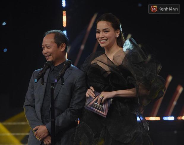 Toàn cảnh lễ trao giải VTV Awards 2019: Thu Quỳnh đụng mặt người thứ ba tin đồn, Về Nhà Đi Con thắng lớn! - Ảnh 5.