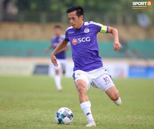 Chiến thắng SLNA, Hà Nội FC chính thức lên ngôi vô địch V.League 2019 - Ảnh 3.