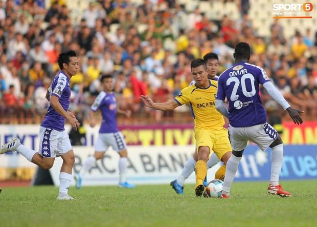 Chiến thắng SLNA, Hà Nội FC chính thức lên ngôi vô địch V.League 2019 - Ảnh 5.