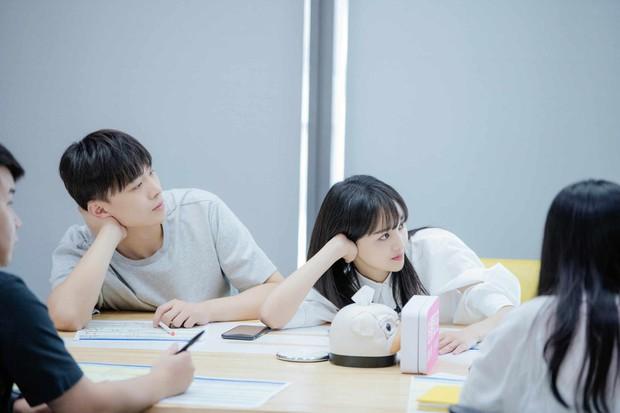 Xem loạt ảnh mới siêu xinh của Trịnh Sảng mới thấy cô nàng càng ngày càng có tướng phu thê với bạn trai CEO rởm - Ảnh 4.