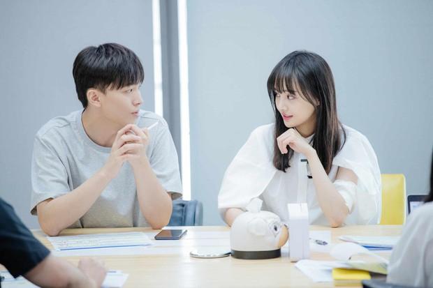 Xem loạt ảnh mới siêu xinh của Trịnh Sảng mới thấy cô nàng càng ngày càng có tướng phu thê với bạn trai CEO rởm - Ảnh 6.