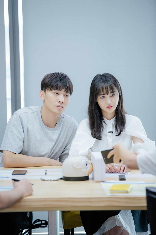 Bố Trịnh Sảng giận sôi máu trước cảnh con gái vừa ấm ức nhưng vừa phải dỗ ngon dỗ ngọt bạn trai CEO rởm - Ảnh 9.