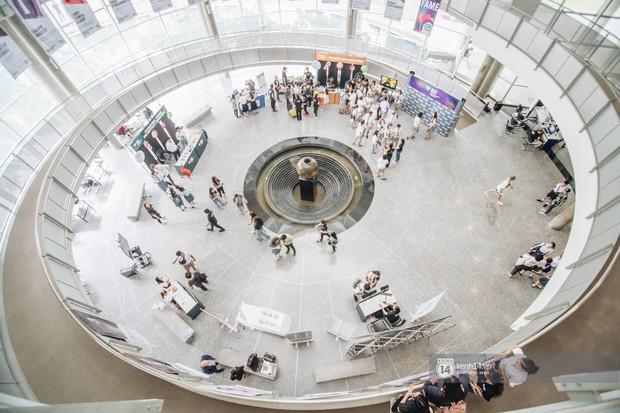 Khám phá Đại học BangKok, ngôi trường đẹp bậc nhất Thái Lan, đứng đâu cũng có ảnh sống ảo siêu đẹp - Ảnh 7.