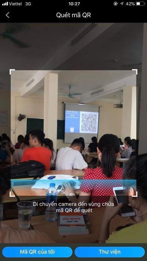 ĐH Luật gây bất ngờ với khả năng update công nghệ 4.0: Điểm danh bằng mã QR, sinh viên chỉ có 60 giây quyết định vận mệnh  - Ảnh 4.