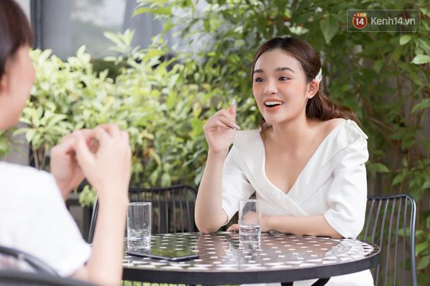 """Yeye Nhật Hạ nói về tình yêu của đời mình: """"Trước khi gặp anh cuộc đời của tôi màu hồng, gặp rồi anh mang cho tôi màu đen"""" - Ảnh 7."""