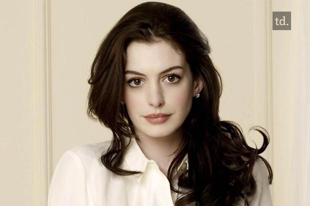 Loạt mỹ nhân Hollywood lột xác sau tuổi dậy thì: Anne Hathaway thay đổi ngoạn mục cũng không bằng tình cũ Johnny Depp - Ảnh 6.