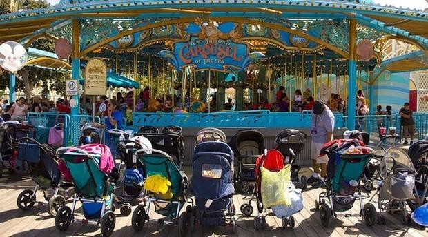 """8 điều bạn tuyệt đối đừng bao giờ vi phạm ở công viên giải trí Disneyland, nếu không muốn """"rơi từ thiên đường xuống địa ngục"""" - Ảnh 2."""