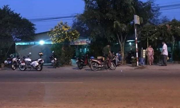 Đang hầu đồng, người đàn ông bất ngờ bị cứa cổ ở Quảng Ninh - Ảnh 1.