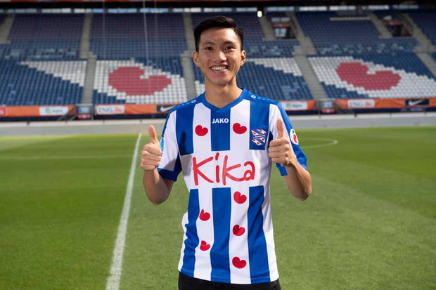 Góc tự hào: Vừa mới ra mắt, Văn Hậu đã được đội bóng hàng đầu Hà Lan trao cho một đặc quyền cực kỳ hiếm có - Ảnh 2.