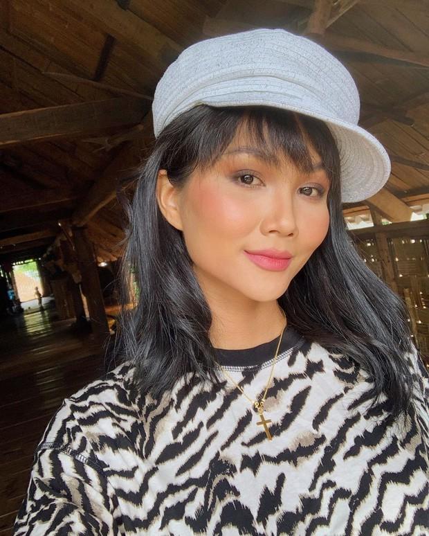 Đố tìm ra Hoa hậu như H'Hen Niê: đã lên núi còn ăn toàn món đạm bạc không ai ngờ - Ảnh 1.