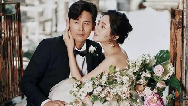 Mỹ nhân Hàn Choo Ja Hyun: Bị mẹ ruột rủa chết, chao đảo vì 50 tấm ảnh nóng, kết cục viên mãn bất ngờ bên chồng xứ Trung - Ảnh 13.