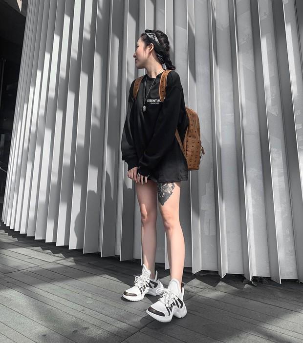 #kenh14streetstyle: Các bạn trẻ khoe style chất dần đều, xem xong hóng được hàng loạt công thức đi học, đi chơi đỉnh cao - Ảnh 4.