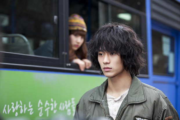 """5 tấm gương vượt khó chuẩn con nhà người ta trên màn ảnh Hàn: Kim So Hyun chạy """"sô"""" làm thêm vẫn học siêu đỉnh - Ảnh 3."""
