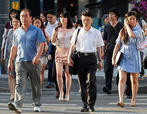 Đằng sau một Hàn Quốc phát triển là sự kỳ vọng của xã hội giết chết ước mơ của con người, tỷ lệ tự tử cao bậc nhất thế giới - Ảnh 1.