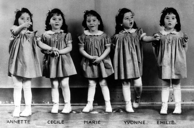 Đời bi kịch của 5 chị em sinh 5 đầu tiên trên thế giới: Bị cha mẹ ruột lợi dụng để kiếm chác, chịu thương tổn thể chất lẫn tinh thần - Ảnh 4.