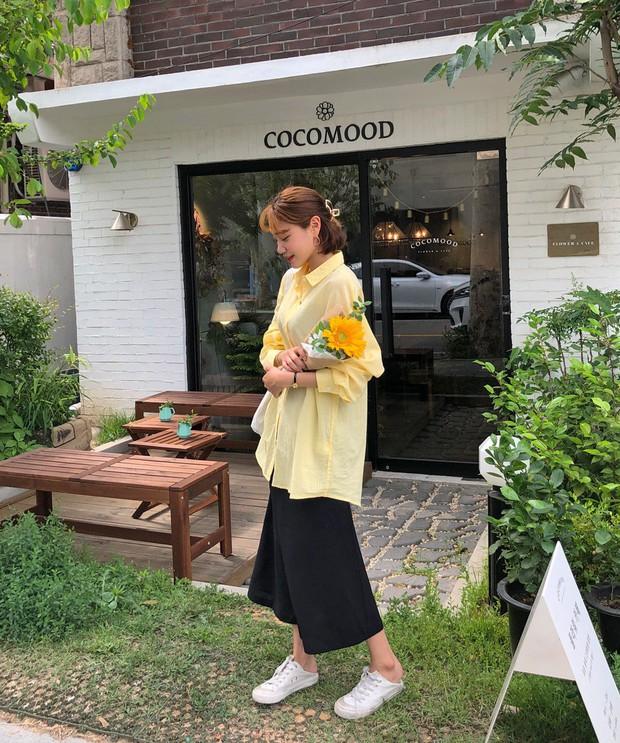 Quá xinh nên chẳng thể làm ngơ: 12 ý tưởng diện áo sơ mi/blouse + chân váy giúp nàng công sở tỏa sáng hơn cả nắng thu - Ảnh 5.