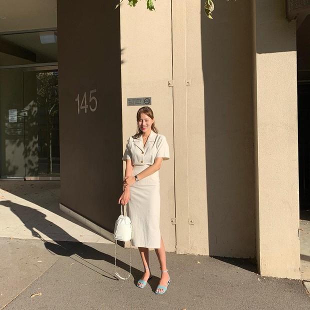Quá xinh nên chẳng thể làm ngơ: 12 ý tưởng diện áo sơ mi/blouse + chân váy giúp nàng công sở tỏa sáng hơn cả nắng thu - Ảnh 9.