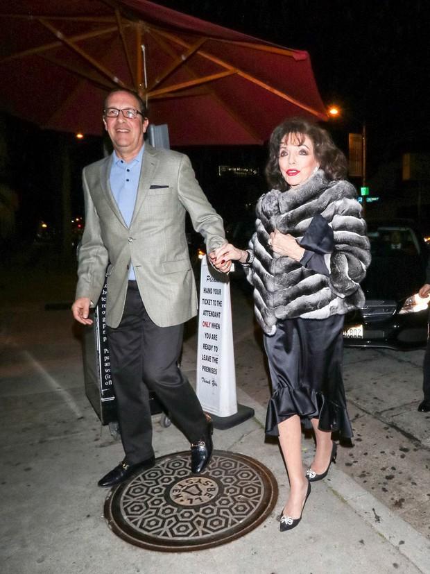 Mỹ nhân lấy nhiều chồng nhất nhì Hollywood: Trải qua 5 cuộc hôn nhân vẫn làm chàng trai trẻ kém 32 tuổi say đắm, 84 tuổi vẫn được yêu chiều như công chúa - Ảnh 9.