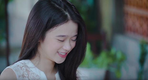 Linh Ka bị cây bàng non rơi trúng đầu trong MV của Phan Duy Anh, lọt thẳng vào #26 Top Trending - Ảnh 7.