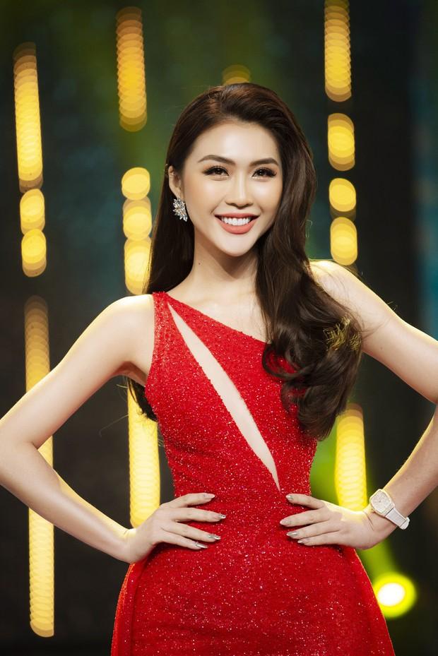Học vấn dàn ứng viên Hoa hậu Hoàn vũ Việt Nam 2019: Thuý Vân tưởng ghê gớm nhưng vẫn chưa bằng nhiều đàn em khác - Ảnh 4.