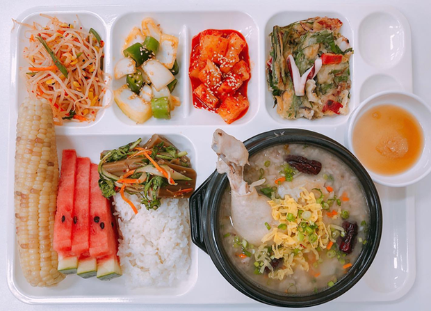 Những mâm cơm canteen hảo hạng ở Hàn Quốc: Vì trẻ em xứng đáng với điều tốt đẹp nhất - Ảnh 6.