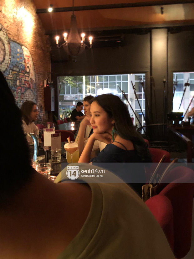 Primmy Trương bị bắt gặp hôn má người đàn ông lạ trong bar, có bạn trai mới sau 8 tháng chia tay Phan Thành? - Ảnh 1.
