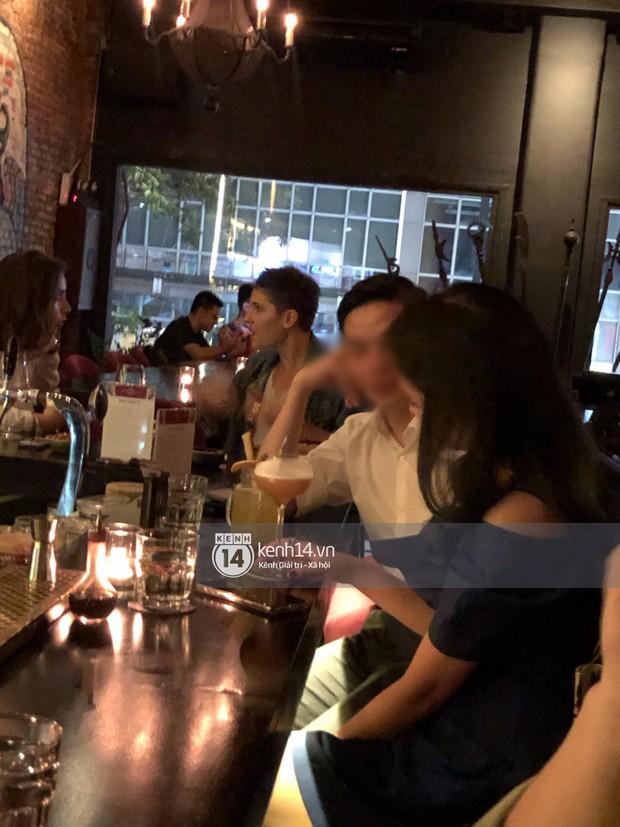 Primmy Trương bị bắt gặp hôn má người đàn ông lạ trong bar, có bạn trai mới sau 8 tháng chia tay Phan Thành? - Ảnh 4.