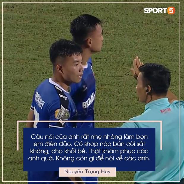 Cầu thủ U23 Việt Nam đề nghị mua còi sắt cho trọng tài V.League sau tình huống bẻ còi hy hữu - Ảnh 3.