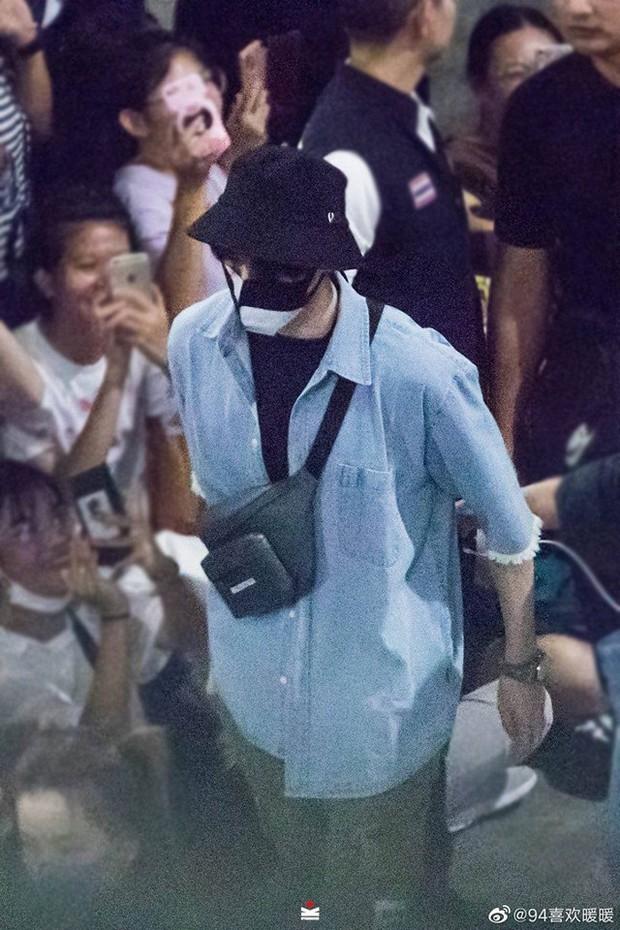 Choáng trước sức công phá của dàn sao Trần Tình Lệnh: Khiến sân bay Thái vỡ trận, idol Kpop còn phải kiêng dè - Ảnh 8.