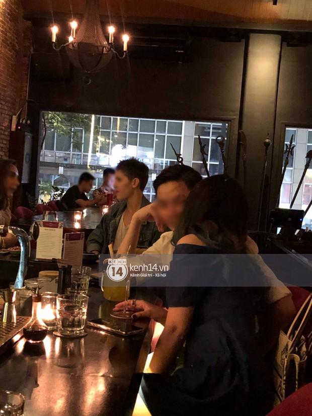 Primmy Trương bị bắt gặp hôn má người đàn ông lạ trong bar, có bạn trai mới sau 8 tháng chia tay Phan Thành? - Ảnh 2.