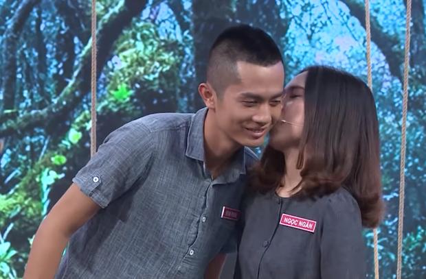 Trước khi hẹn hò với Sĩ Thanh, Huỳnh Phương từng hôn bạn gái cũ đắm đuối trên truyền hình - Ảnh 4.