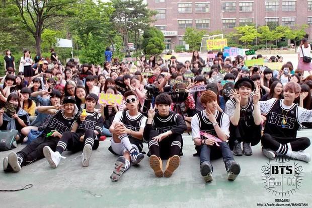 Nam ca sĩ Hàn lần đầu kể chuyện BTS bị lép vế trong Kbiz và điểm đặc biệt giúp nhóm bật hẳn so với đối thủ - Ảnh 5.