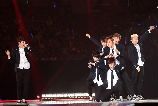 Nam ca sĩ Hàn lần đầu kể chuyện BTS bị lép vế trong Kbiz và điểm đặc biệt giúp nhóm bật hẳn so với đối thủ - Ảnh 6.